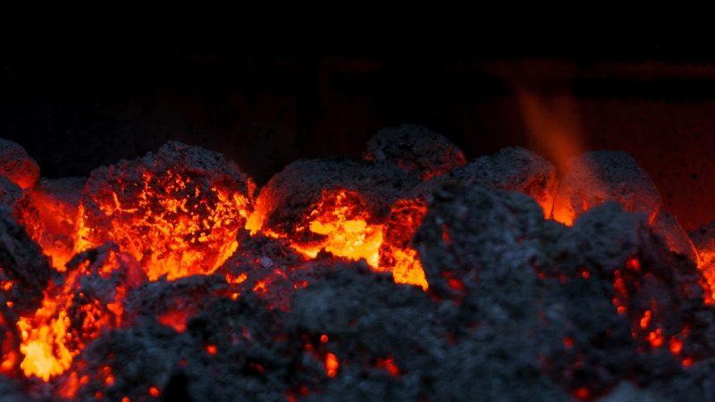 Kupujemy węgiel: jako wybrać?