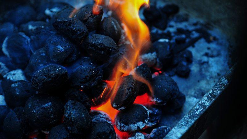Na co zwrócić uwagę kupując węgiel?